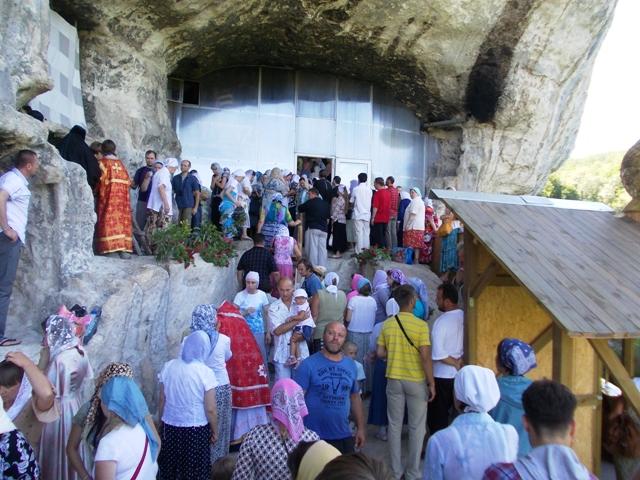 Престольный праздник в монастыре Феодора Страилата июнь 2012 г