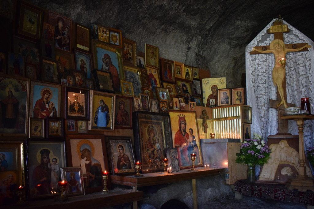 Богородчная сторона. Монастырь Феодора Стратилата. Крым